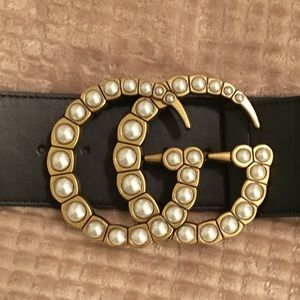 Gucci belt with Pearl